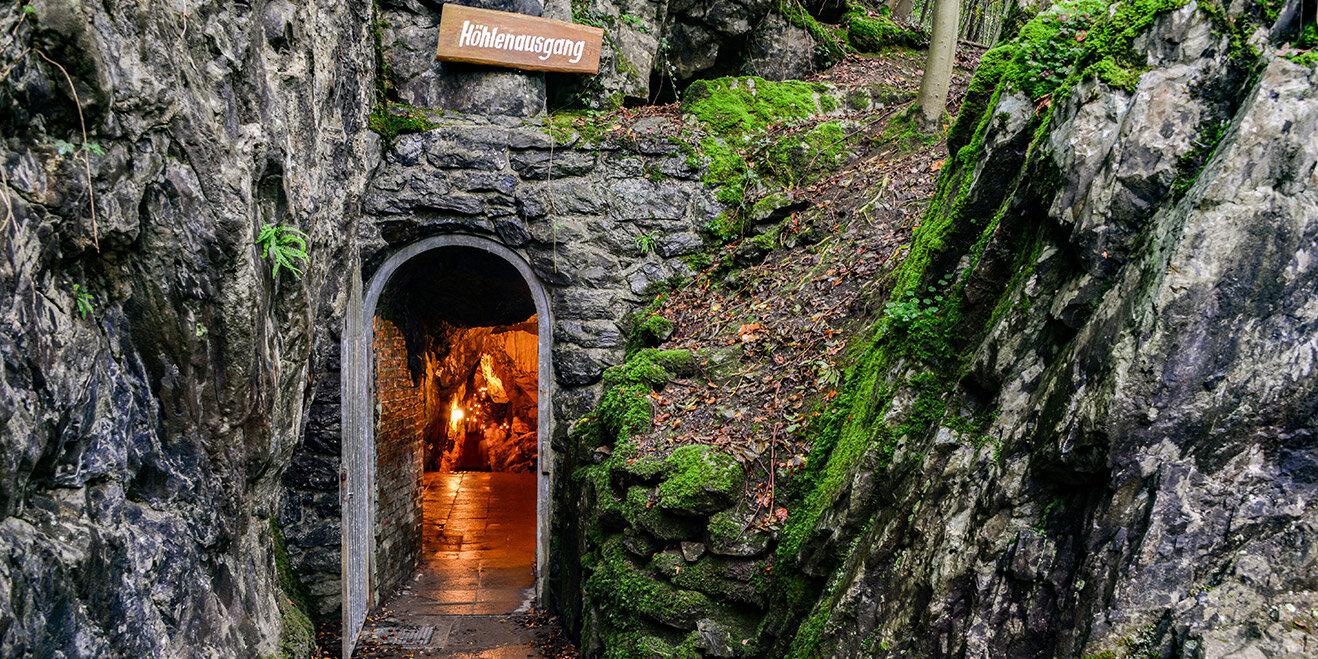 Höhlenausgang Bilsteinhöhle im Sauerland