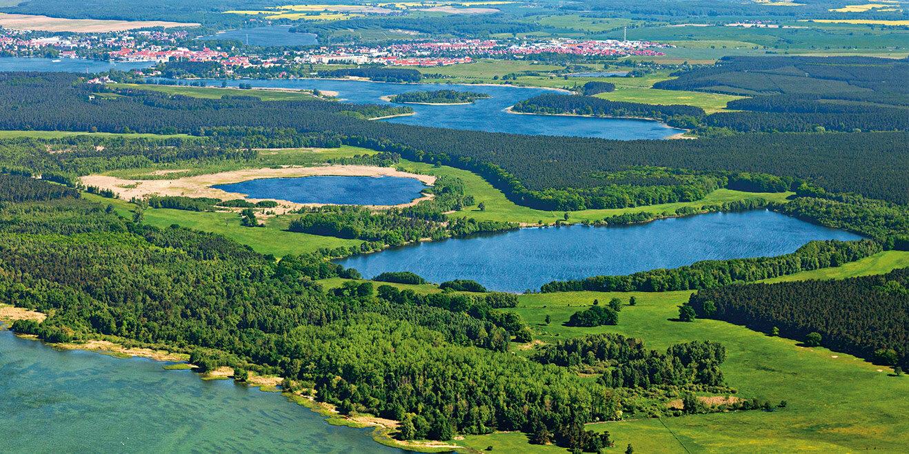 Luftaufnahme des Müritz-Nationalparks