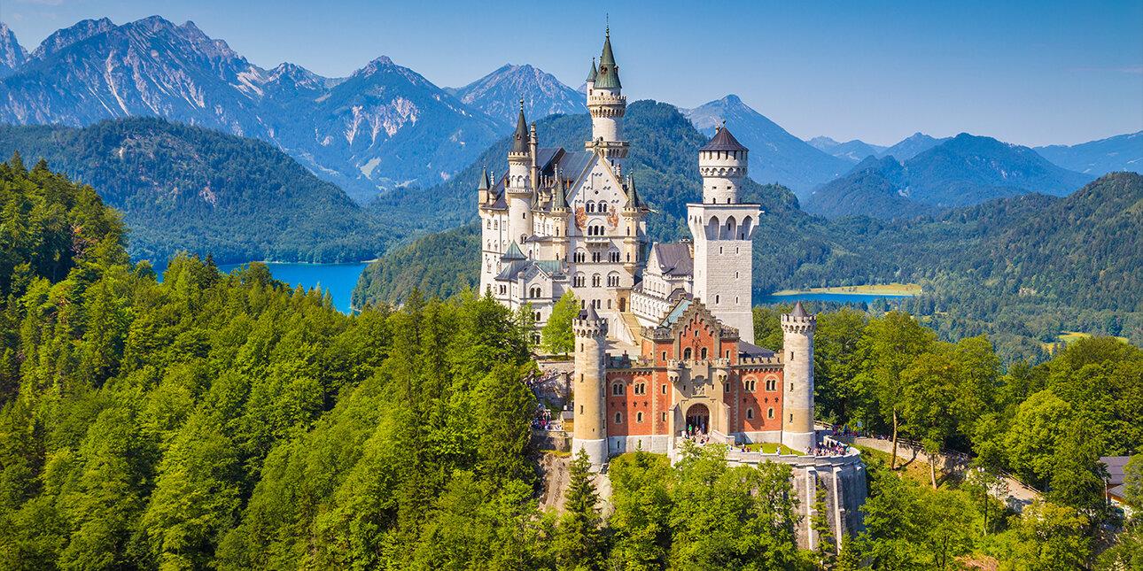 Schloss Neuschwanstein in Schwangau in Bayern