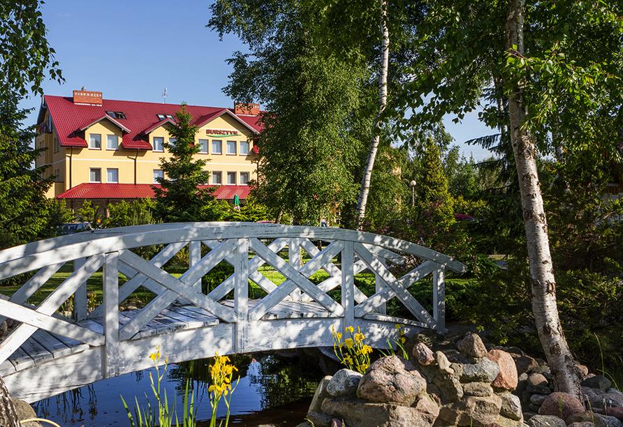 Hotel Bernstein in Dabki-Bobolin Ostsee Polen, Garten