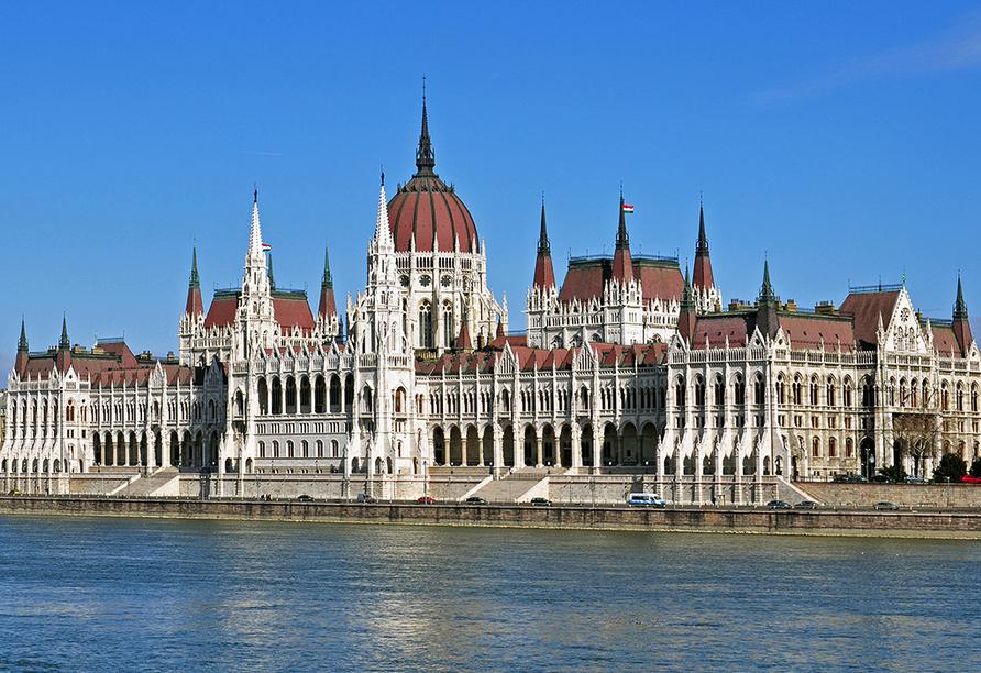 MS Aurelia, Budapest