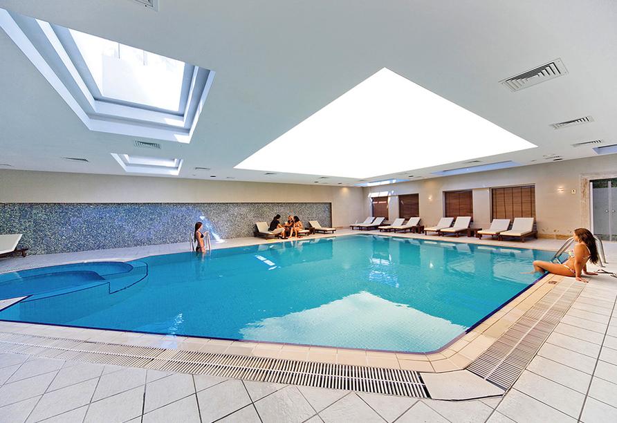 Hallenbad vom Hotel Side Star Resort.