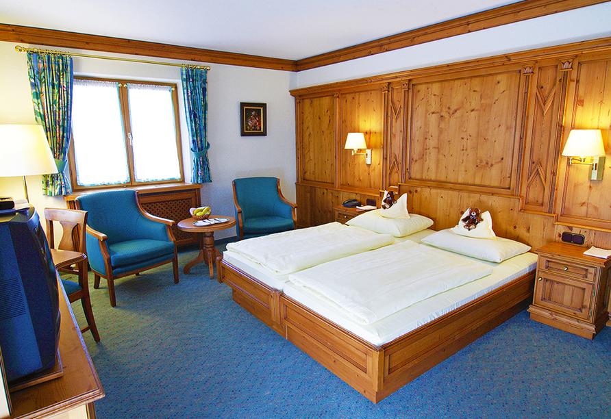 Landhotel Sonnenfeld am Tegernsee im Kurort Bad Wiessee am Tegernsee, Zimmerbeispiel