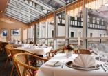 Leckeres Essen in gemütlicher Atmosphäre genießen Sie im Restaurant
