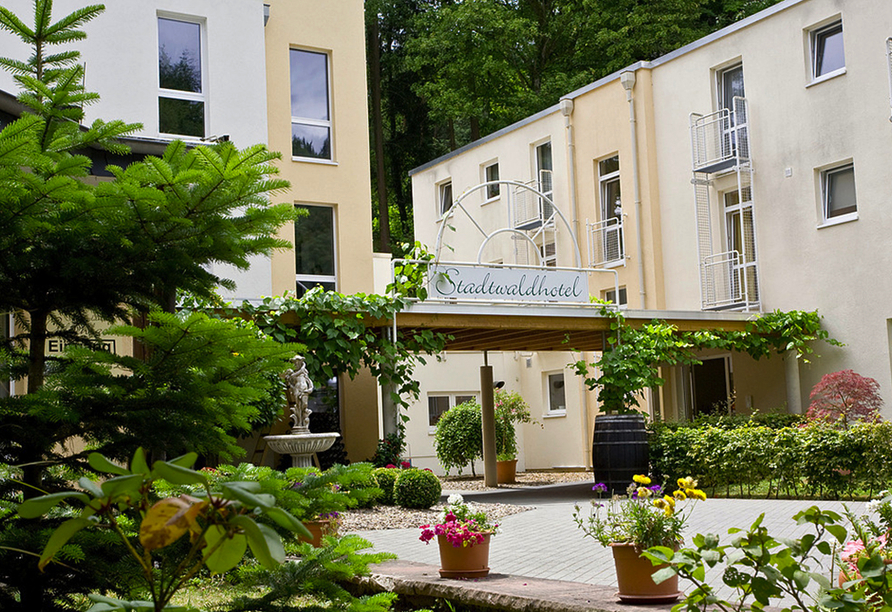 Schroeders Stadtwaldhotel in Trier, Außenansicht