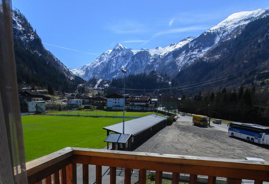 JUFA Hotel Kaprun, Ausblick auf die Berge