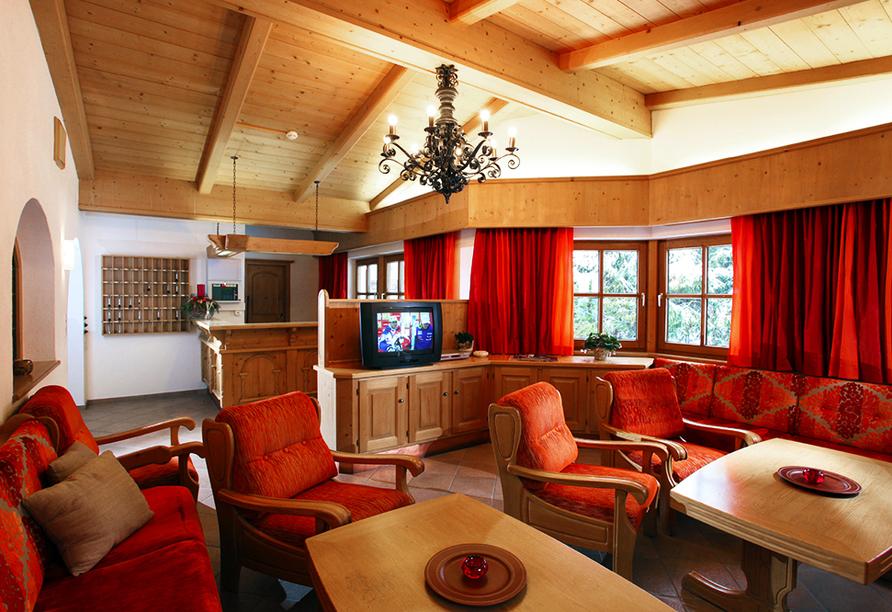 Hotel Taxacher in Kirchberg, Tirol, Österreich, Rezeption