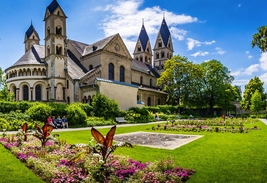 Wyndham Garden Lahnstein Koblenz Hotel in Lahnstein im Oberen Mittelrheintal, Basilika Sankt Kastor