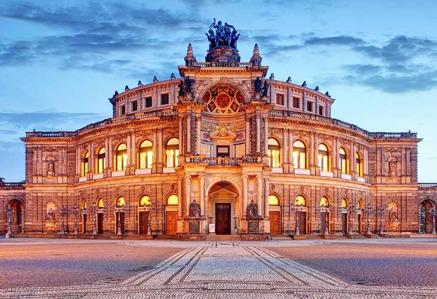 WEST Hotel Radebeul, Dresden, Semperoper in Dresden