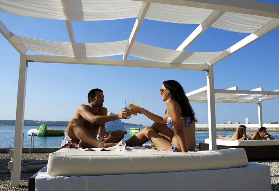 Hotel Aminess Laguna Novigrad Kroatien, Strandbetten