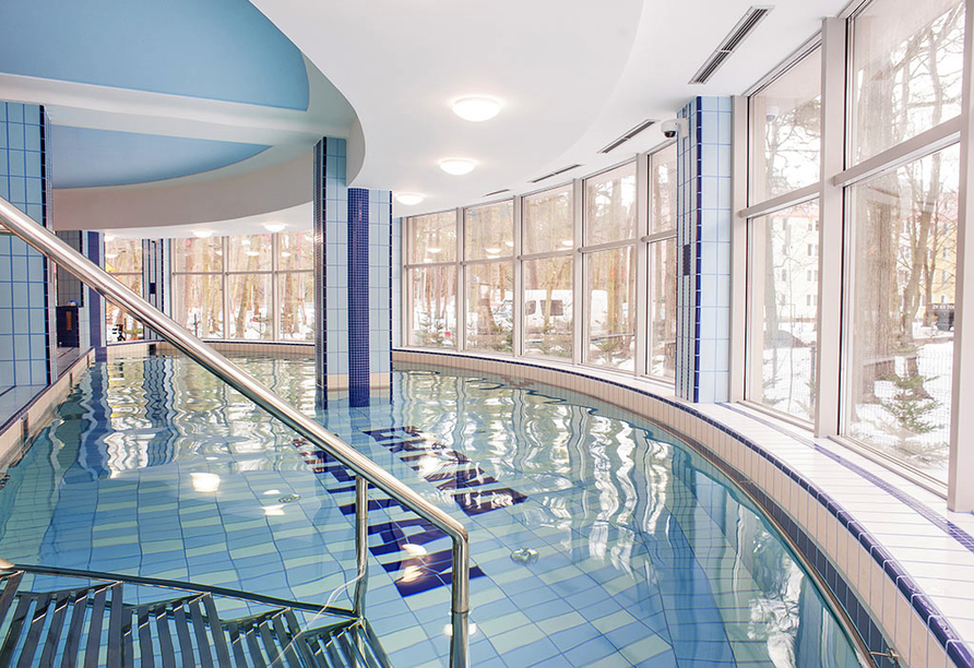 Hotel Grand Kapitan Medi Spa in Henkenhagen, Hallenbad