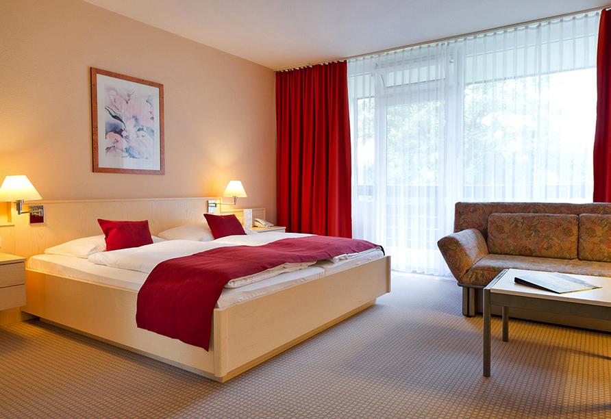 Rhön Park Aktiv Resort in Hausen-Roth in der Rhön, Beispiel Doppelzimmer Standard