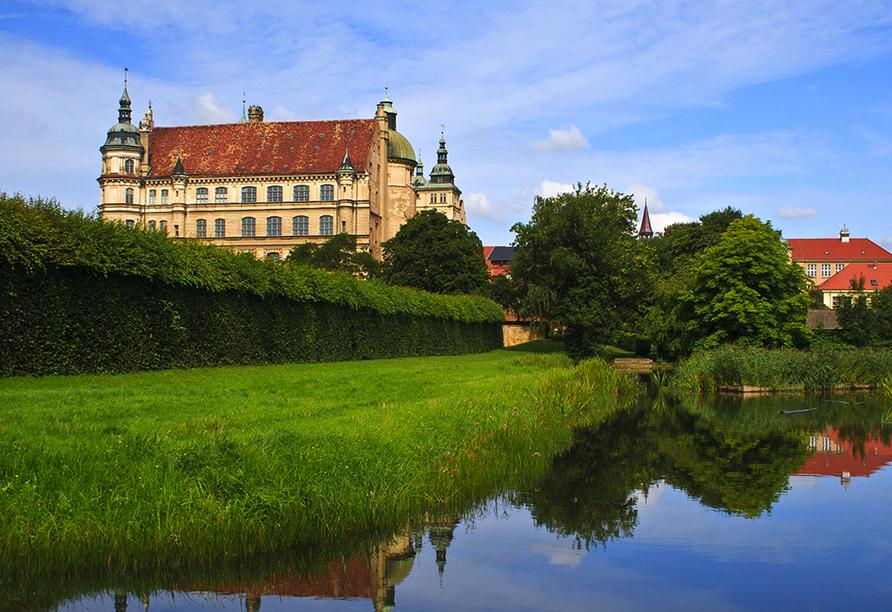 Hotel Haus Waldesruh in Fünfseen/Petersdorf, Ausflugsziel Güstrow