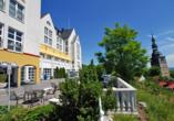 Residenz Hotel Bad Frankenhausen schiefer Kirchturm Terrasse