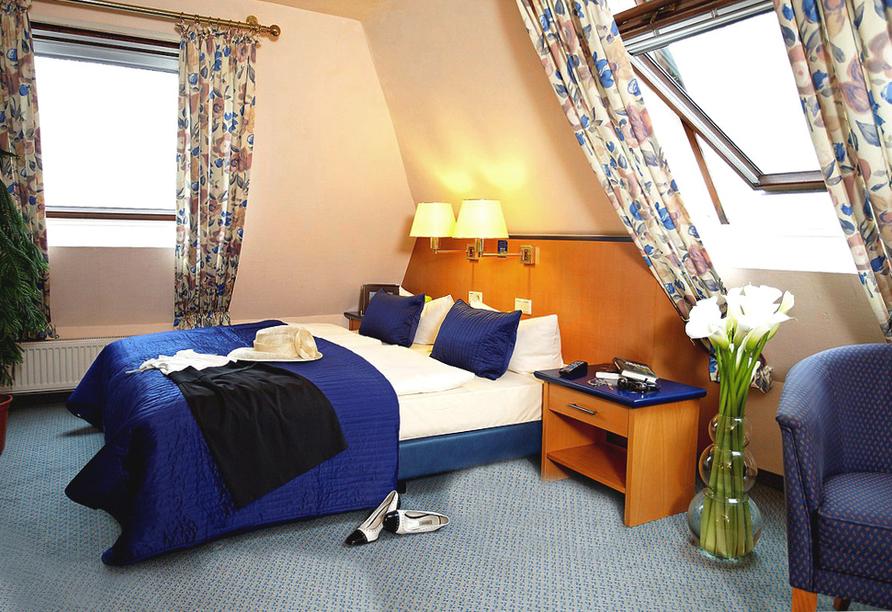Rheinhotel Vier Jahreszeiten, Zimmerbeispiel