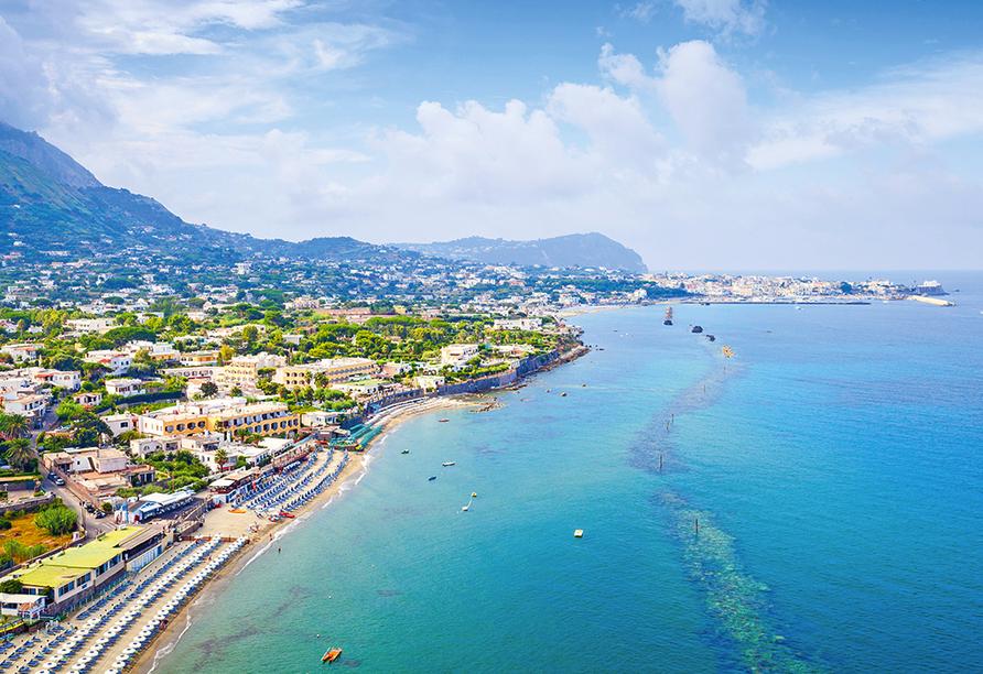 Golf von Neapel, Ischia, Capri, Amalfiküste, Forio auf Ischia