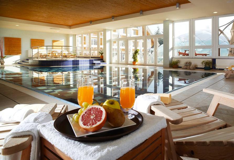 OREA Vital Hotel Sklár in Harrachov im Riesengebirge Hallenbad