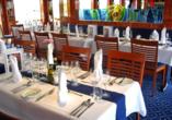 DCS Amethyst, Restaurant