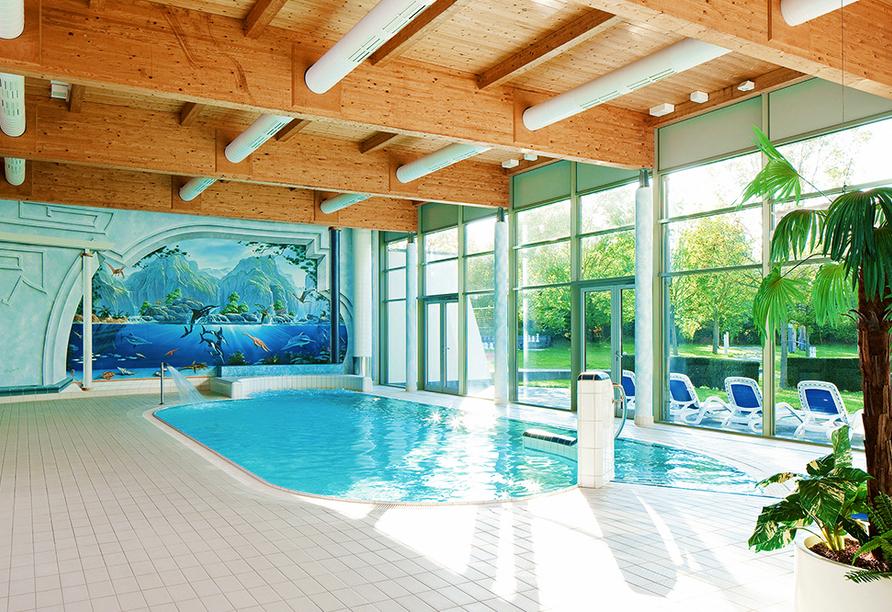 Seminaris Hotel Bad Boll in Bad Boll in der Schwäbischen Alb, Schwimmbad