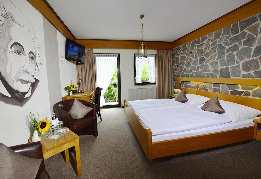 Hotel Lellmann in Löf, Zimmerbeispiel Gartenseite