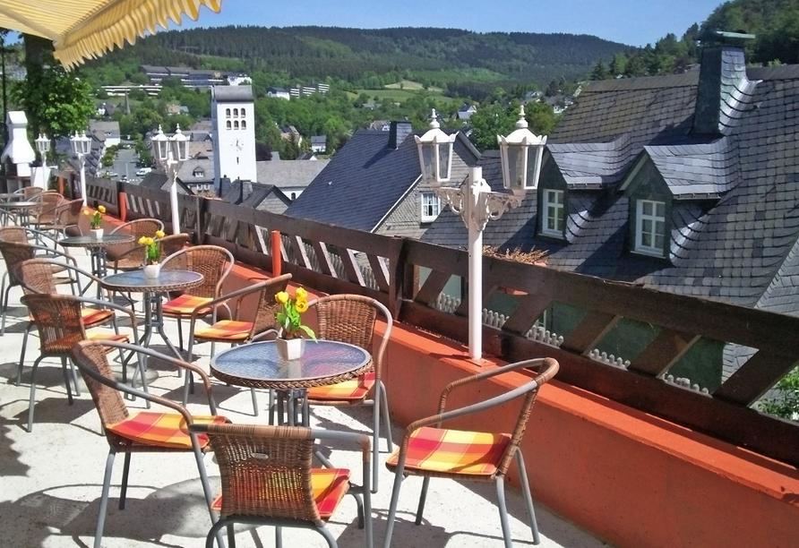 Hotel zur Fredeburg in Bad Fredeburg im Sauerland Terrasse