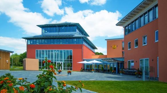 JUFA Hotel Jülich im Brückenkopf-Park, Außenansicht