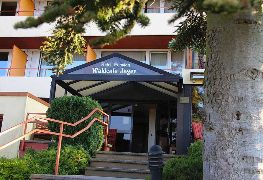 WohlfühlhotelWALDCAFÉ JÄGER in Bad Driburg, Eingangsbereich