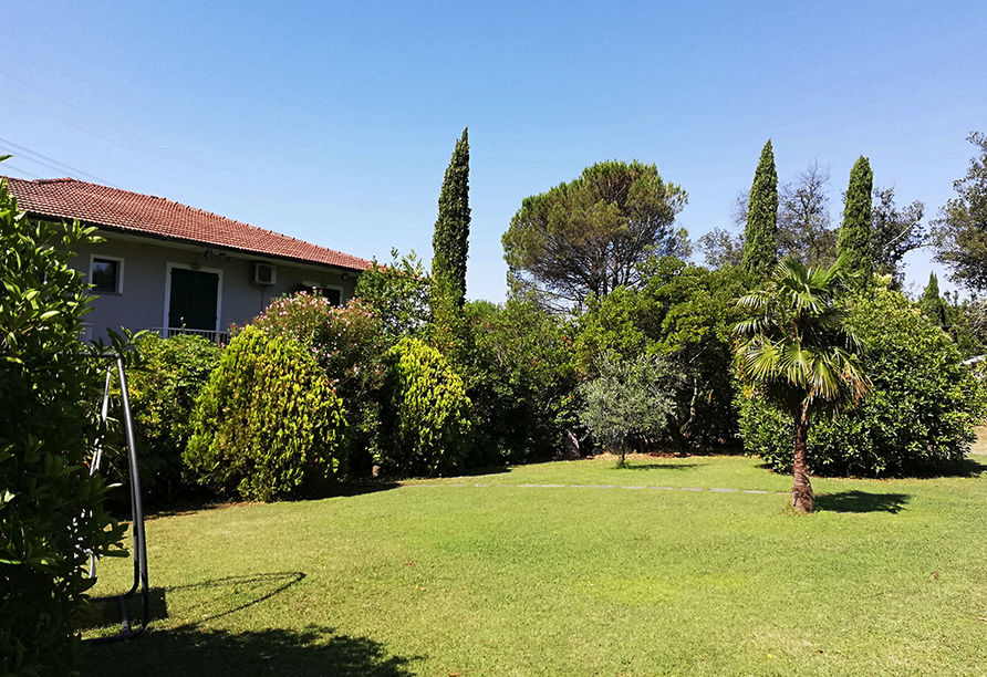 Hotel Monti San Baronto, Garten