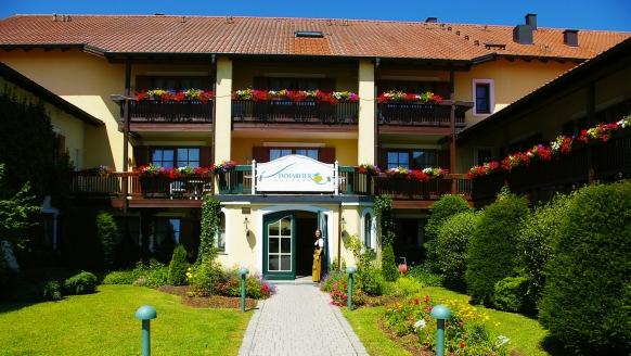 Hotel Sammareier Gutshof in Bad Birnbach im Bäderdreieck, Außenansicht