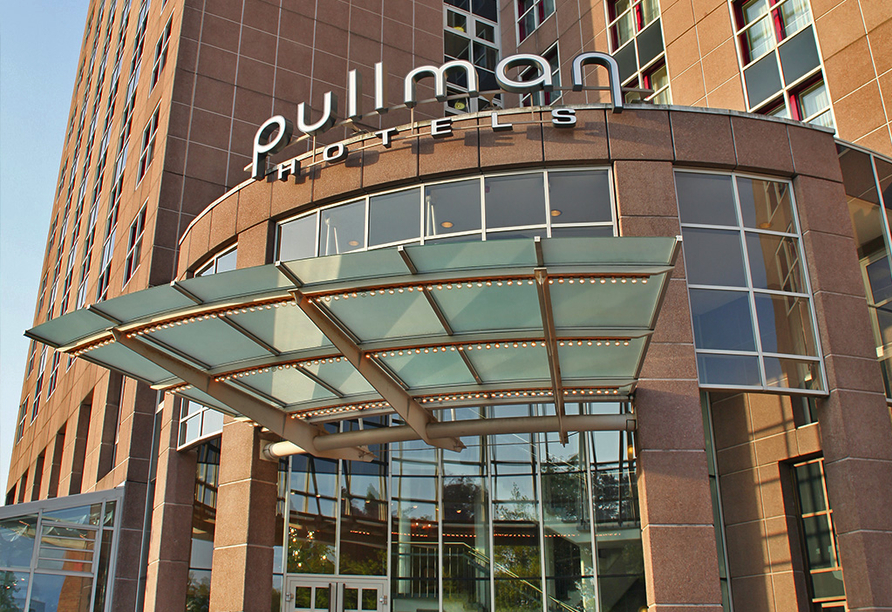 Pullman Hotel Stuttgart Fontana, Stuttgart, Außenansicht