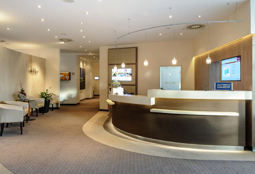 AMEDIA Hotel Dresden Elbpromenade, Lobby