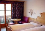 Hotel Bellevue in Seelisberg, Vierwaldstättersee, Schweiz, Beispieldoppelzimmer Naturhaus