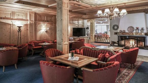 Alpenromantik-Hotel Wirler Hof in Galtür, Kaminstube