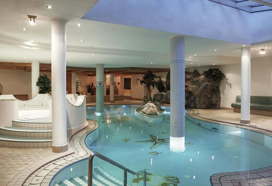 Alpenromantik-Hotel Wirler Hof in Galtür, Hallenbad