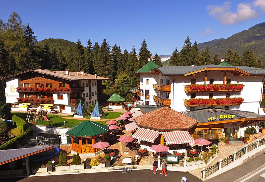 Aktivhotel Waldhof in Oetz, Tirol, Außenansicht