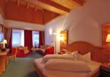 Aktivhotel Waldhof in Oetz, Tirol, Beispiel Junior Suite