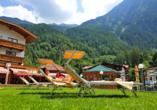 Aktivhotel Waldhof in Oetz, Tirol, Liegewiese