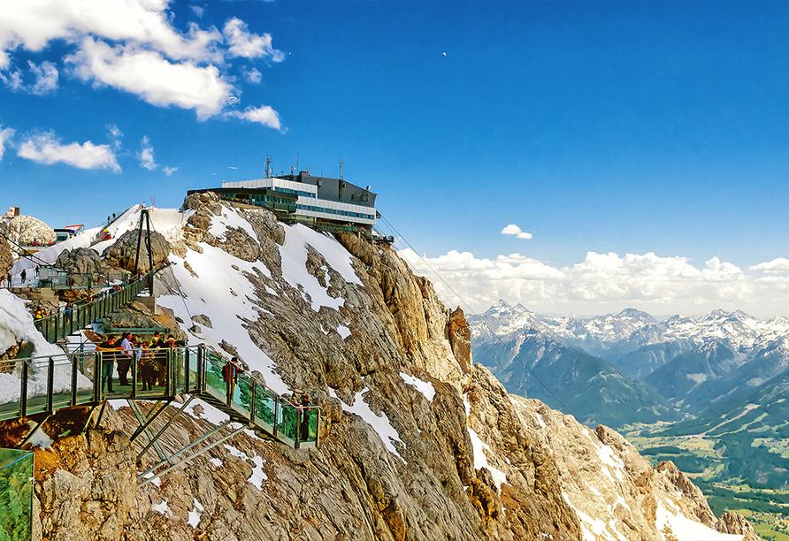 Alpenhotel Erzherzog Johann in Schladming, Treppe ins Nichts in Dachstein