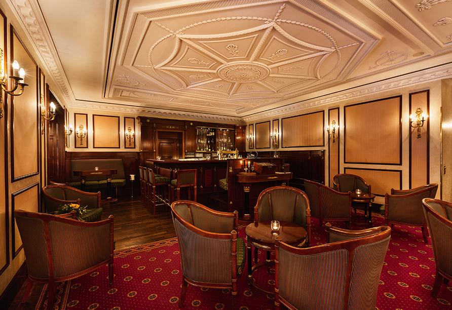 Best Western Premier Grand Hotel Russischer Hof, Bar