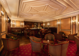 Best Western Premier Grand Hotel Russischer Hof, Bar