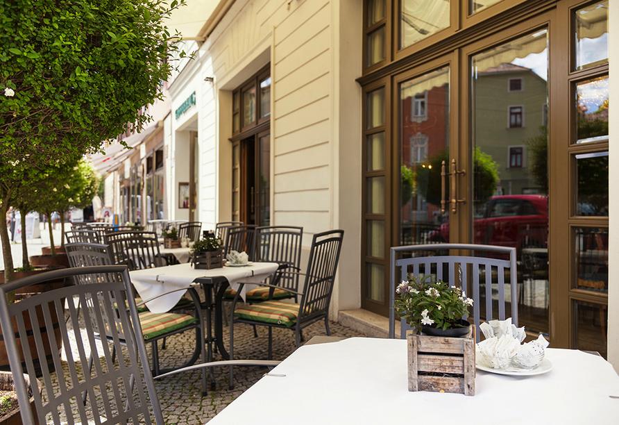 Best Western Premier Grand Hotel Russischer Hof, Terrasse