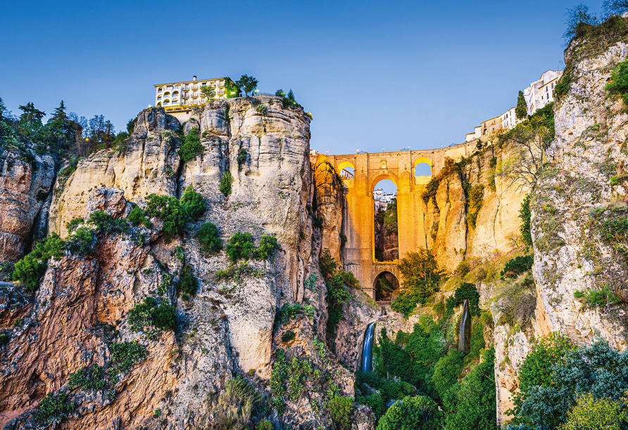 Busrundreise Temperamentvolles Andalusien, Puente Nuevo in Ronda