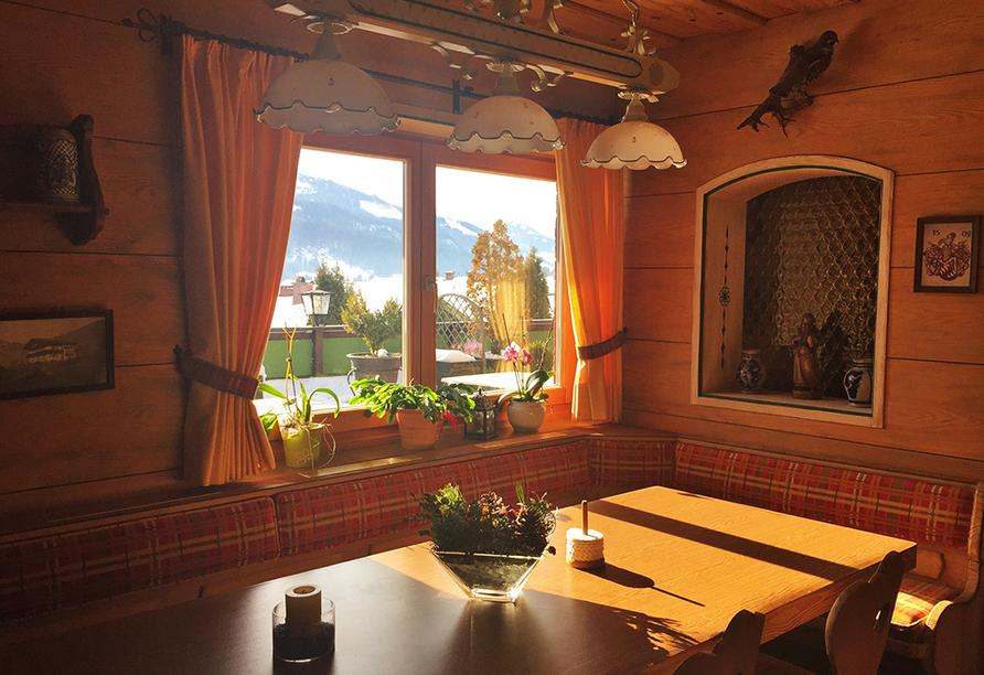 DEVA Hotel Sonnleiten in Reit im Winkl Chiemgau Bayern, Frühstücksraum