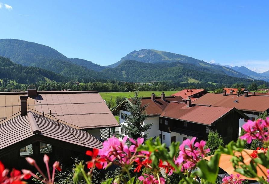 DEVA Hotel Sonnleiten in Reit im Winkl Chiemgau Bayern, Ausblick vom Hotel