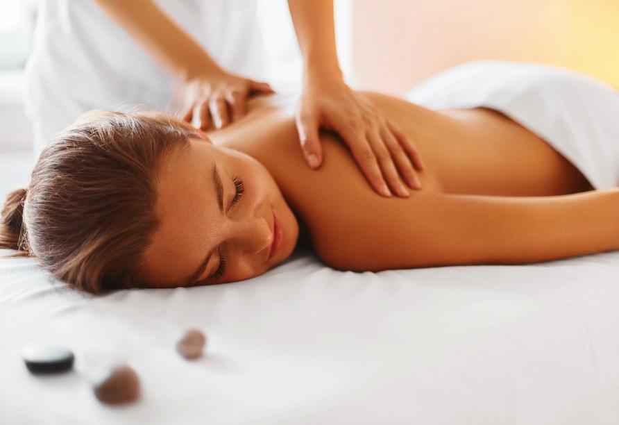 Hotel Grand Kapitan Medi Spa in Henkenhagen, Massage