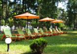 Hotel Grand Laola Vital & SPA Poberow Polnische Ostsee, Gartenliegen