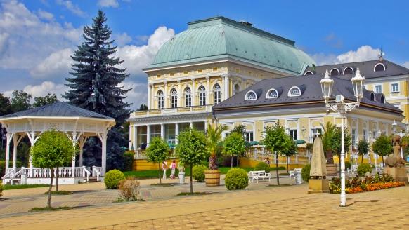 Kurhotel Pyramida 1, Franzensbad, Tschechien, Stadt