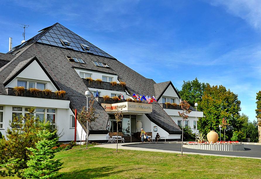 Kurhotel Pyramida 1, Franzensbad, Tschechien, Außenansicht