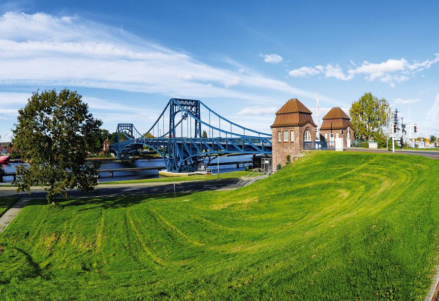 Nordseehotel Wilhelmshaven, Kaiser-Wilhelm-Brücke