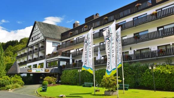 Sauerland Alpin Hotel, Außenansicht